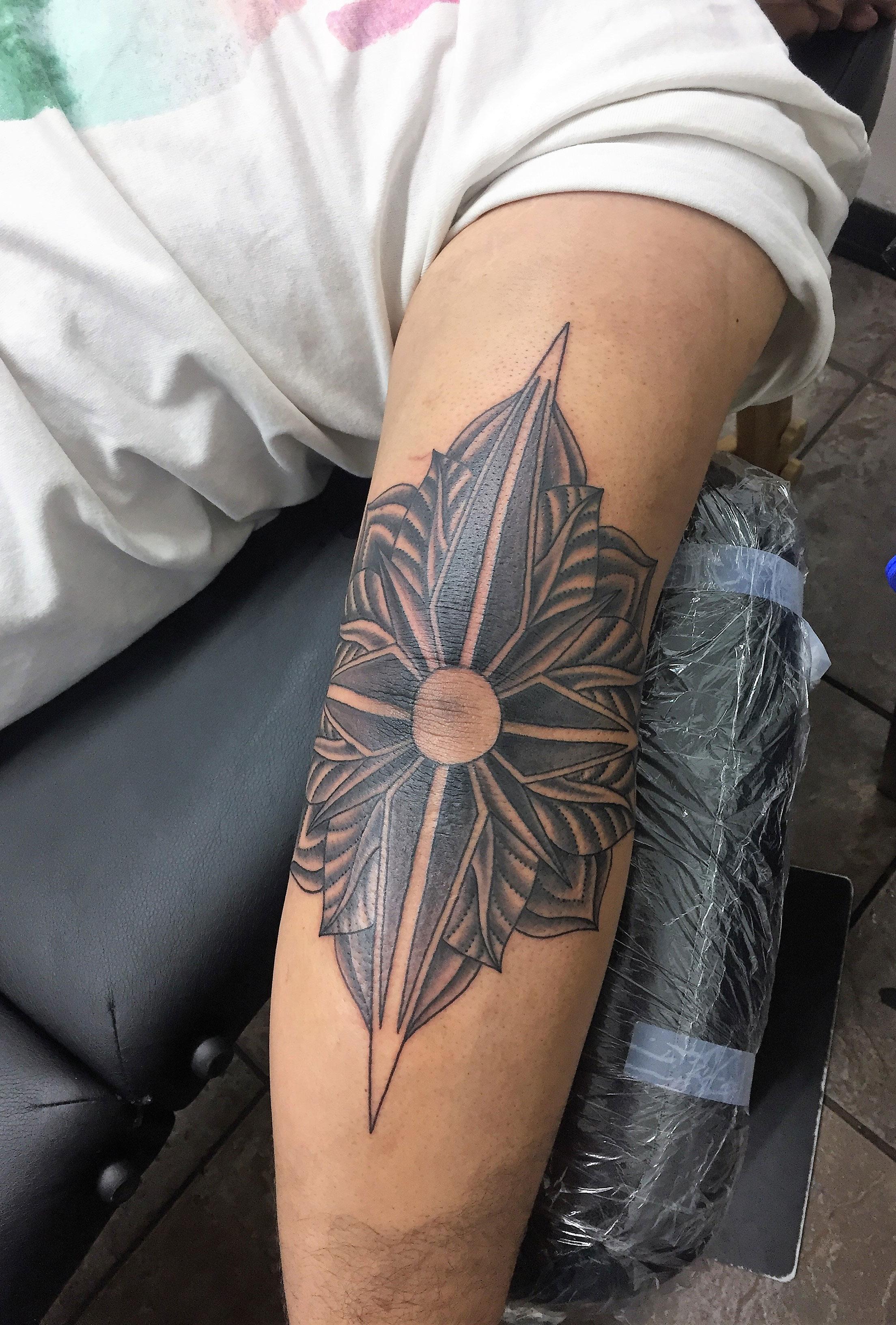 Ink Spot Tattoo | Snow | Inkspot Tattoo Shop in Orlando | Down town ...